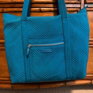 Vera Bradley Large Iconic Tote In Turquoise